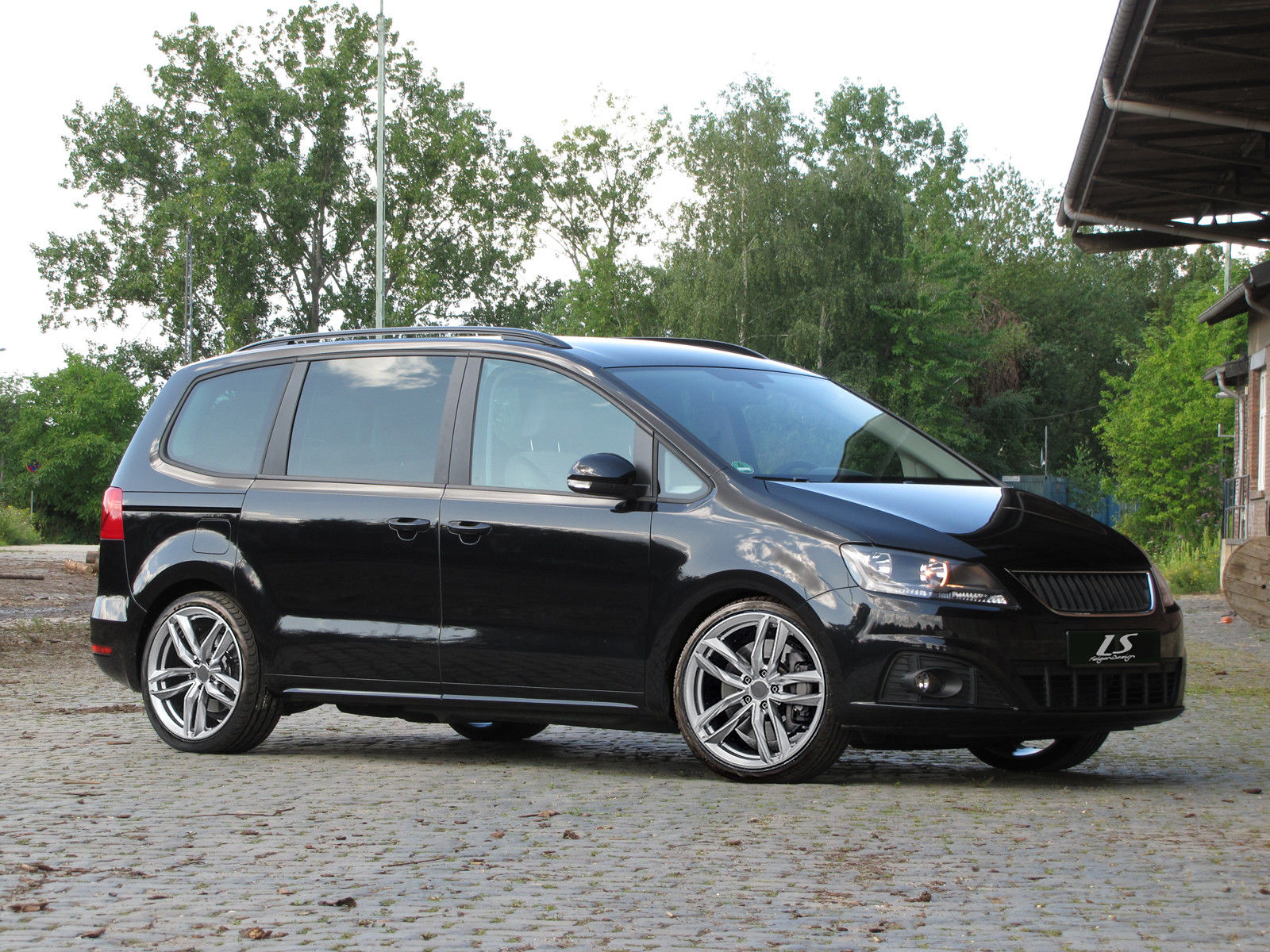 news alufelgen vw sharan seat alhambra 19zoll alufelgen. Black Bedroom Furniture Sets. Home Design Ideas