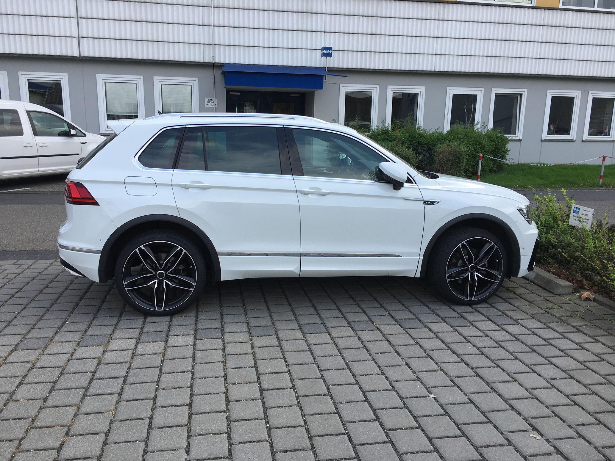 news alufelgen vw tiguan ii 21zoll alufelgen felgen 9x21 reifen 255 35zr21 sommerr der. Black Bedroom Furniture Sets. Home Design Ideas
