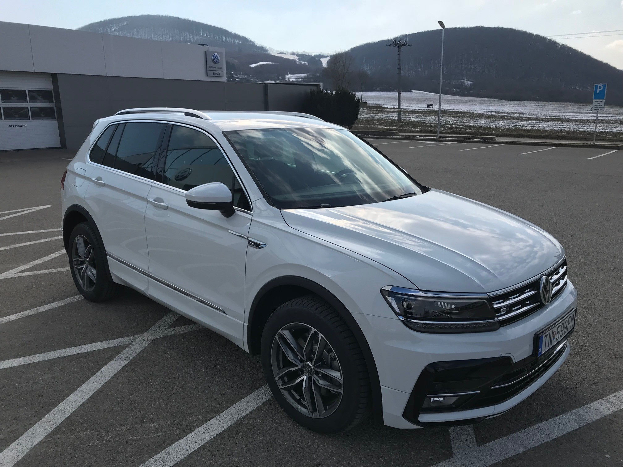 news alufelgen 18zoll alufelgen winterr der vw tiguan ii. Black Bedroom Furniture Sets. Home Design Ideas